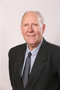 Profile image for Councillor Andy Robinson